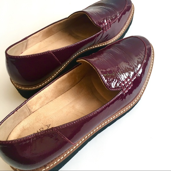 Naturalizer Andie Leather Loafer Sz 95